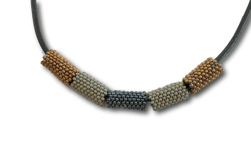 Kheta-necklace with leather