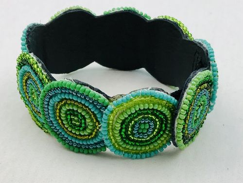 beaded bracelet with leather, green