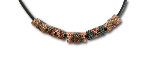 Kheta-necklace with leather036